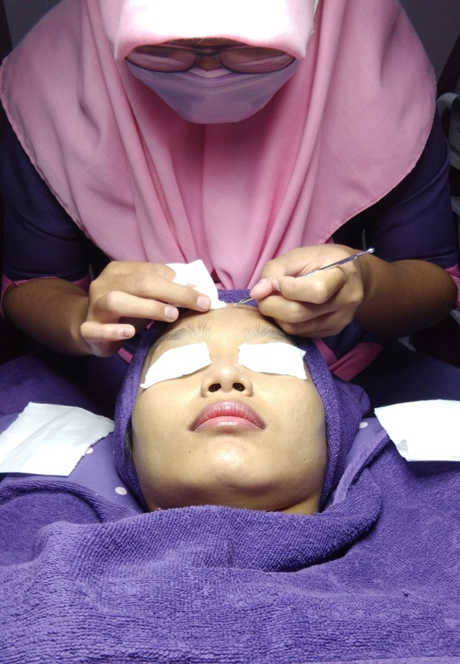 Facial di Shaqila Beauty Center