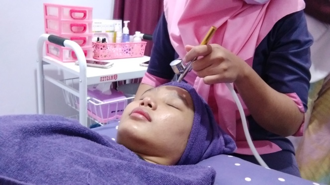 Oxy Facial di Shaqila Beauty Center